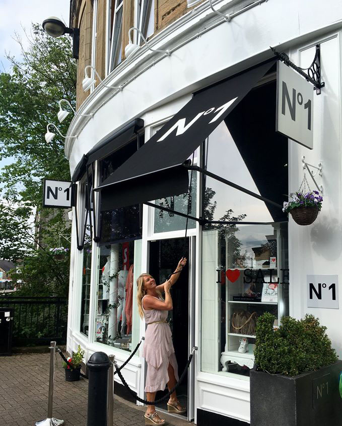 No1 Boutique Canopy